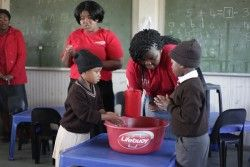 Lifebouy gives back to communities this Global Hand Washing Day http://www.calorababy.co.za/news/lifebouy-gives-back-to-communities-this-global-hand-washing-day.html