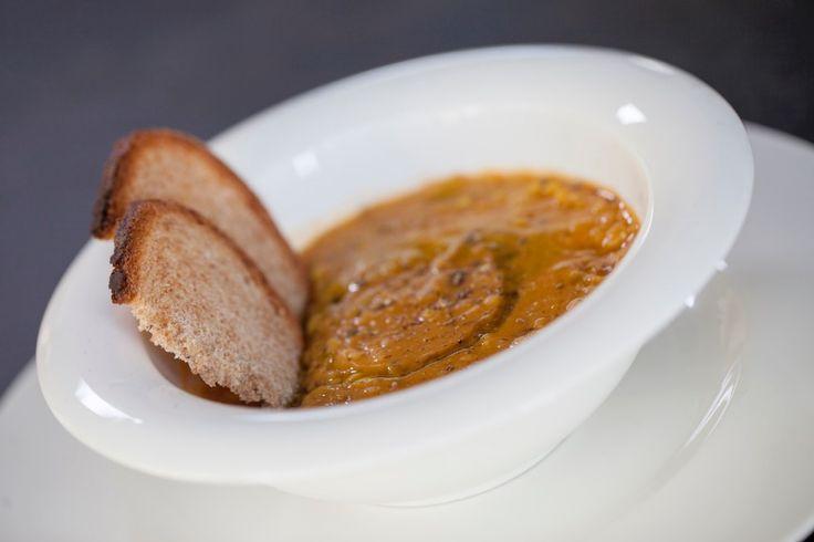 Zuppa di roveja e cumino