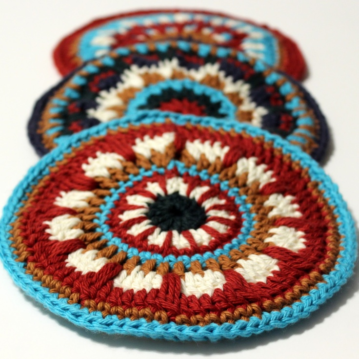 Colorful Crocheted Potholders tutorial by Heavily Edited.