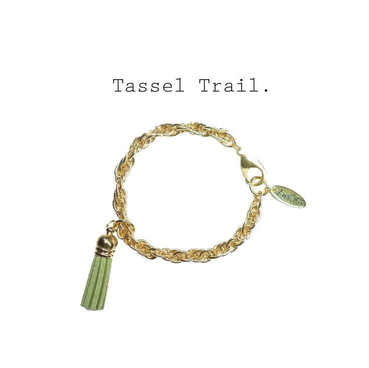 Ein persönlicher Favorit aus meinem Etsy-Shop https://www.etsy.com/de/listing/503847151/vergoldetes-armband-mit-anhanger