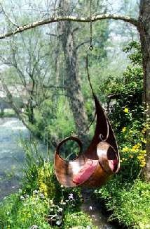 Very cool garden swing  by Freshome.com