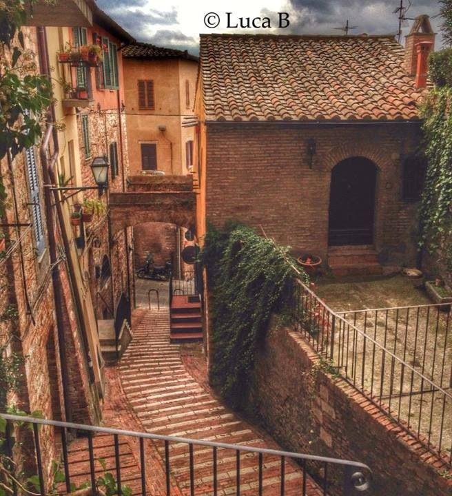 #Perugia, Vicoli e Scorci. Via del Paradiso