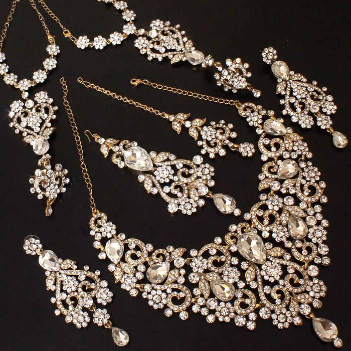 Jewellery set for brides #Fashion