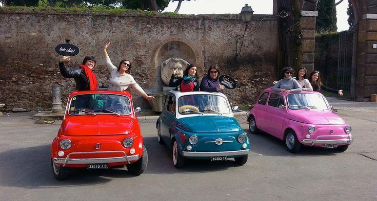 """No me cansaría nunca de ir a Roma -creo que en otra vida fui italiana. Esta tercera vez, me he ido un fin de semana con mi grupo de chicas """"fashion"""" en busca de una escapada glamurosa. ¡Porque nosotras lo valemos! Tour en Fiat 500 (de los clásicos), brunchs, compras, sesiones de fotos, helados, pizzas…"""