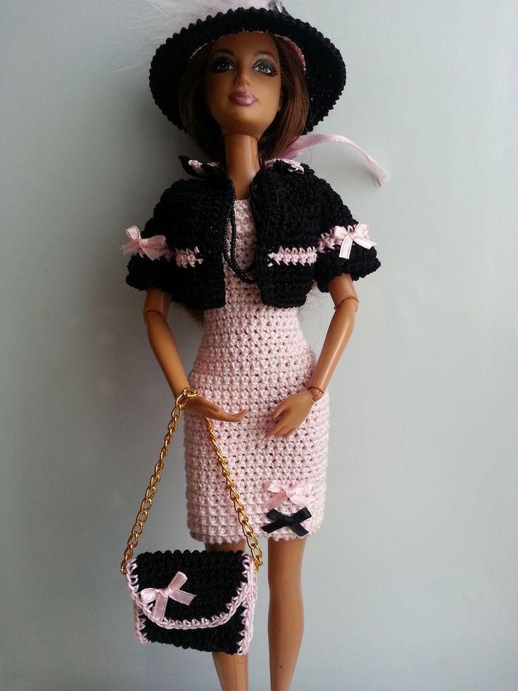1000 id es sur le th me crochet doll dress sur pinterest. Black Bedroom Furniture Sets. Home Design Ideas
