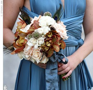 Copper Wedding Bouquets--this would also look nice with a more colored (instead of copper) bridesmaid gown...hmmmm