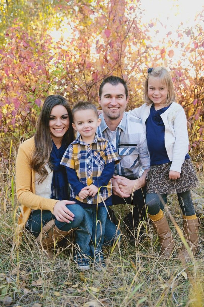 Raetay photographyfamily picture outfit ideas mustard yellow and blue outfits creative
