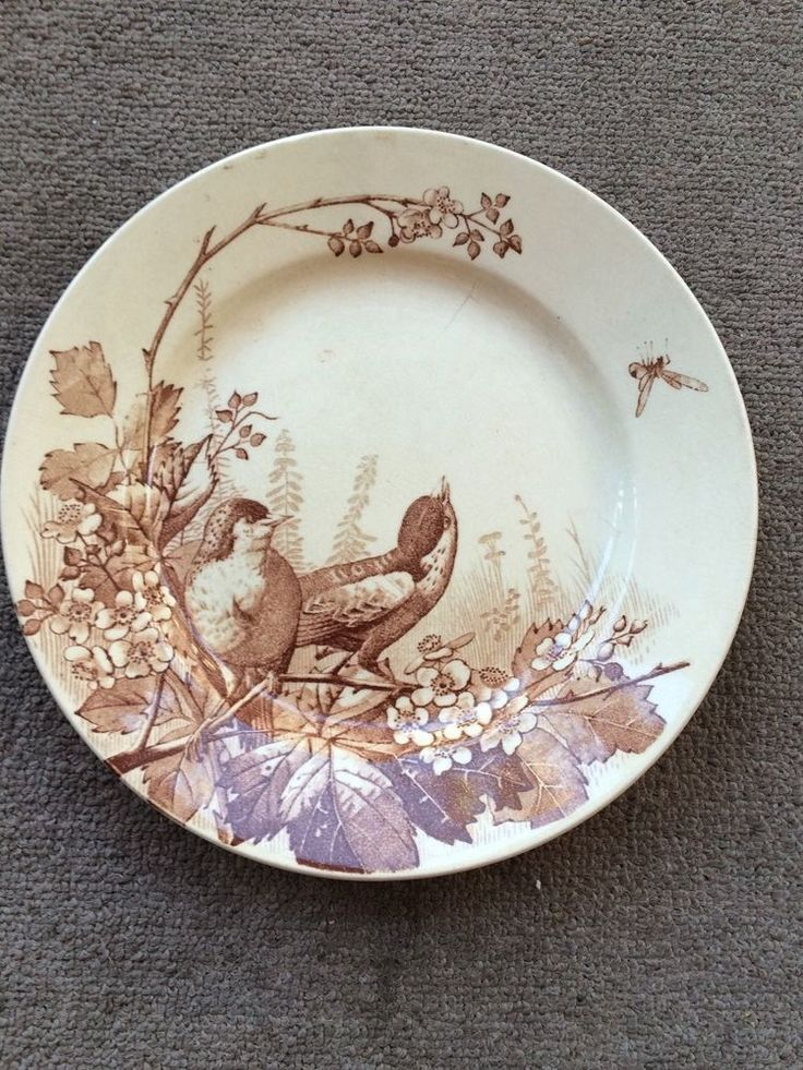 ANTIQUE TRANSFERWARE BROWN PLATE GORGEOUS BIRDS MOTIF FRENCH J.V. C BORDEAUX