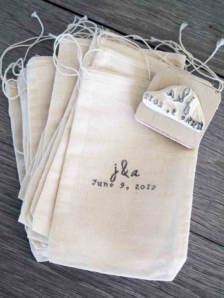 custom wedding favor bags and rubber stamp set of 100 bags muslin