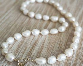 Freshwater Pearl Necklace Vintage Clasp 14ct Yellow Gold