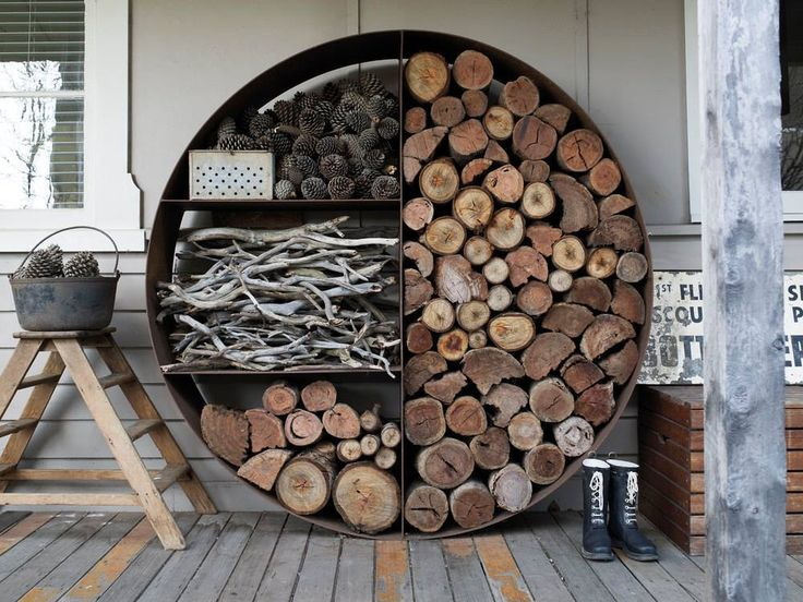 Wood Stacker by Unearthed Aesthetically stunning firewood storage to arrange and stack the woodpile, made of mild steel and designed to hold one tonne of wood. Via - Avantgardens