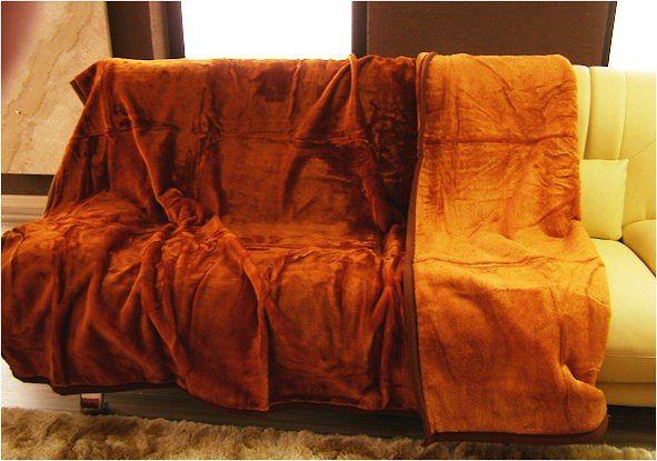 Luxusná teplá deka a prikrývka na postel z akrylu hrdzavej farby