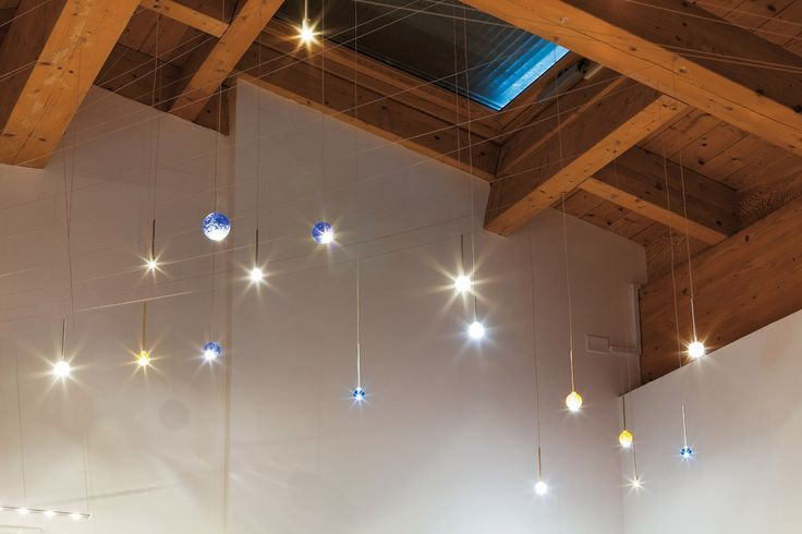 Universo LED planets to light up any kind of environment. Check out Saturn, Mars, Earth, Jupiter on www.album.it. #solarsystem #planets #lighting #saturn