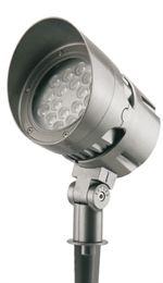 LED-strålkastare Phantom på markspett. Funkar väl för högre träd. Avbländad. Finns för vägg, u-bygel,enkelarm, dubbelarm, stolpfäste med enkel- eller dubbelarm, eller stolpklämma. Olika spridningsvinklar 5°–45°. Grafitgrå eller valfri RAL-färg. image.ashx (150×260)