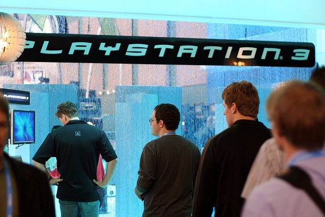PlayStation 3 sign by niallkennedy, via Flickr