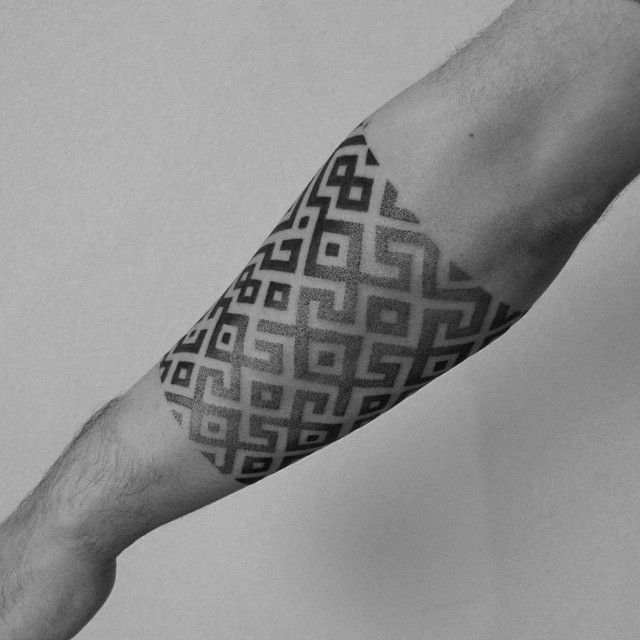 2Spirit Tattoo | Blackwork & Dotwork Tattoos; armband