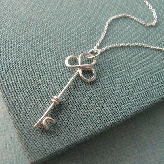 Wirework key pendant