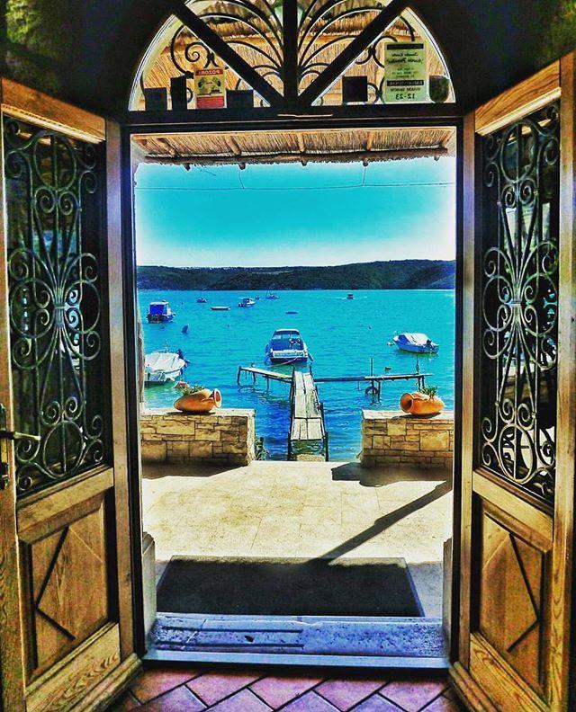 Pujcte si jachtu a obeplujte chorvatskou rivieru. Nadherna priroda, ciste more, tradicni atmosfera. To je jen zlomek toho, co si budete pamatovat. Jachtu si muzete pronajmout i s vlastnim kapitanem, ktery Vam jako mistni usedlik ukaze ta nejkrasnejsi mista❤👌🏼 #dovolena #dovolenasnu #doporucujeme #tip #leto #more #slunce #cestovani #cestuj #jachta #plaz #chorvatsko #croatia #vylet #dnesfotim #luxurytravelcz #bestdestinations #luxusni #inspirace #instatravel #travel #top #dnes #dnescestujem…