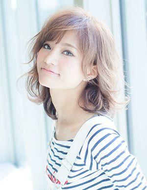 AFLOAT JAPAN|ヘアスタイル: エアリーミディ|ヘアスタイル・髪型のカタログ|かみまどヘアサロン