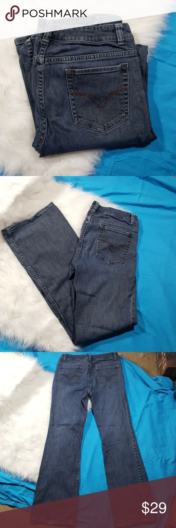 6 long harley davidson jeans Good used condition Harley Davidson jeans with patch on front pocket. Size 6 long. Some fraying on the bottom him. No other rips stains or tears. Harley-Davidson Jeans Boot Cut