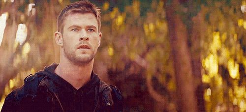 He looks sexy with short hair. | 29 Reasons Chris Hemsworth Is Definitely The Sexiest Man Alive
