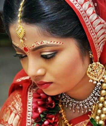 Gorgeous bengali bridal makeup