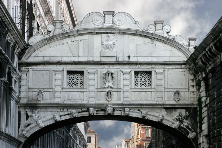 Venice_-_The_Bridge_of_Sighs.jpg (3072×2046)