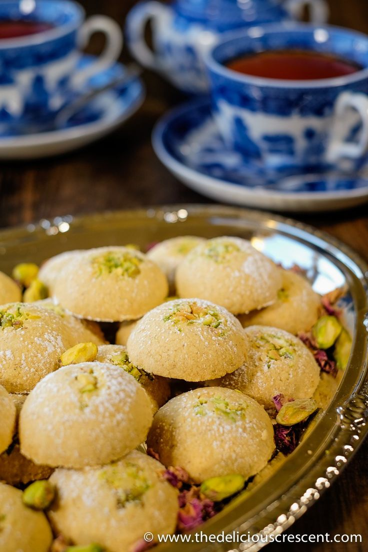 cardamom-chickpea-cookies-with-pistachios