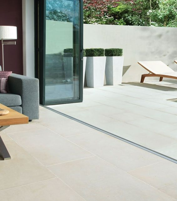 kitchen & garden floor