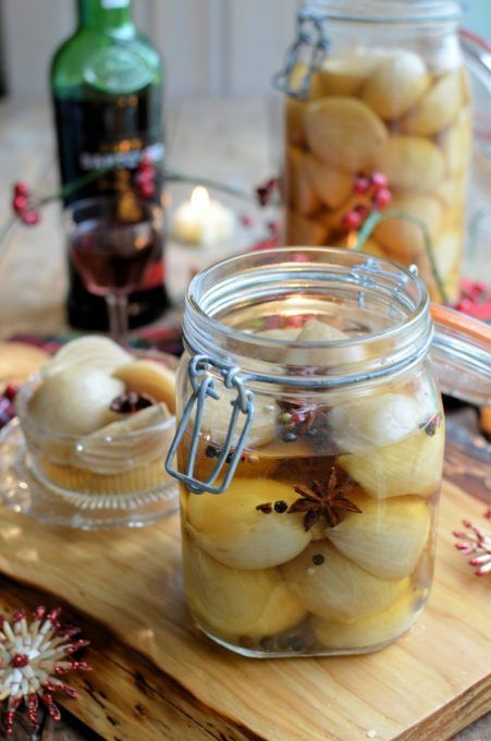 Lavender and Lovage | Christmas in a Jar – Pickled Shallots | http://www.lavenderandlovage.com