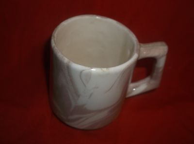 St-Helens-Ashware-Mug-Cup-Swirled-Pattern-Sand-White-Shaped-Handle-10-0z