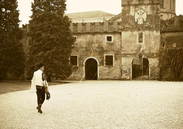 Castello di Thiene by RONALD MENTI, via Flickr #InvasioniDigitali il 25 aprile alle ore 11.00 Invasore: Castellothiene