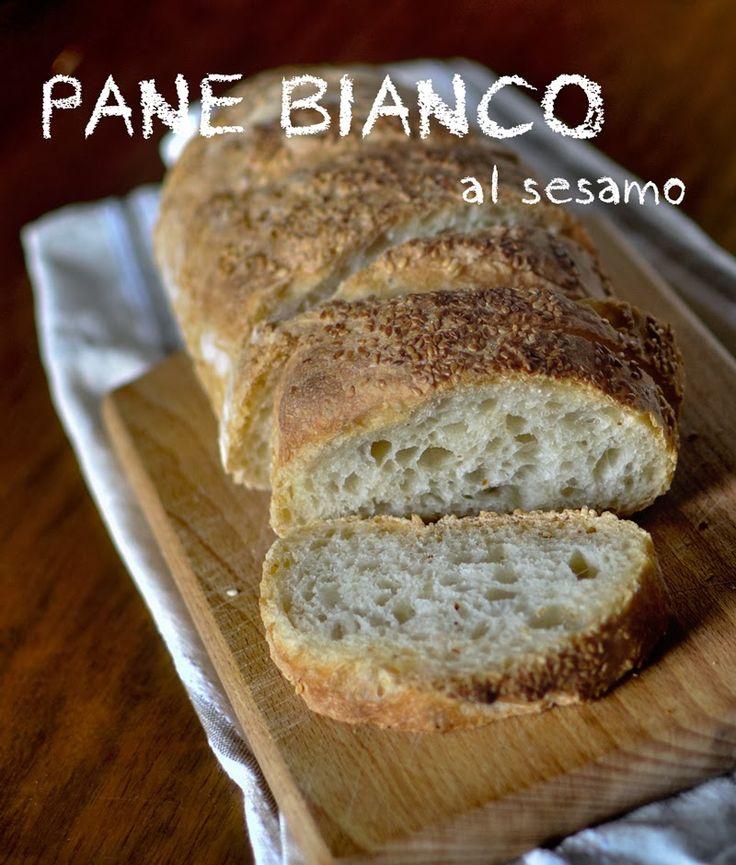Spelucchino: Pane bianco al sesamo