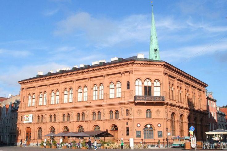 Musée d'art de Rīga, ancienne Bourse (Mākslas muzejs Rīgas Birža). Doma Laukums, Riga.