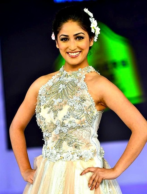 Yami Gautam In Jewellery Ad 379 best images about ...