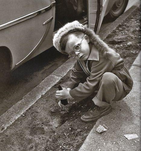 Vivian Maier, Street Photographer,  2011