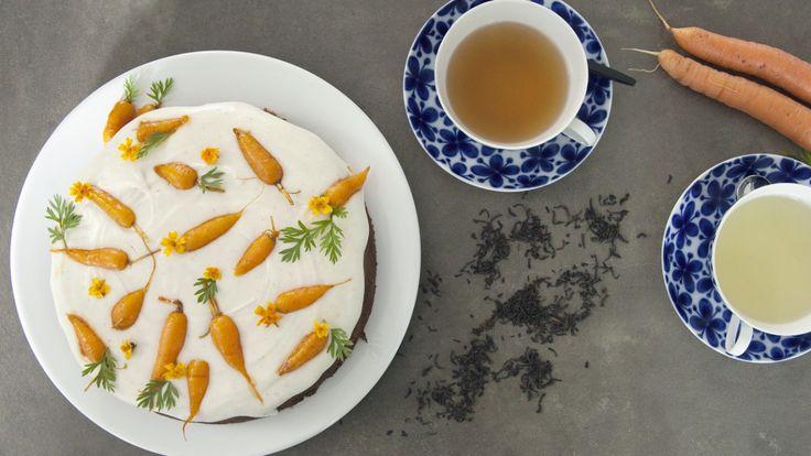 Gulrotkake med karamelliserte gulrøtter