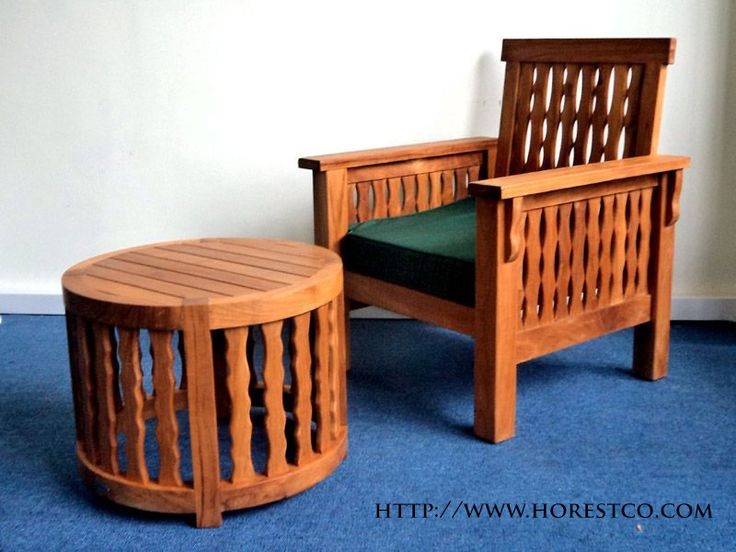 JUAL MALDIVES SOFA - MALDIVES SOFA, Kursi dengan garis lurus dan proporsi yang mendalam, Maldives Sofa terbuat dari kayu jati solid yang menyediakan tempat duduk nyaman untuk bersantai. dilengkapi dengan Bantal dalam berbagai warna. sesuai dengan pilihan anda. Seater tunggal Kedalaman   : 63cm Lebar             : 74cm Tinggi            : 90cm Kursi Tinggi  : 40cm Untuk informasi lebih lanjut silahkan hubungi website kami di http://www.horestco.com untuk melihat furniture lain