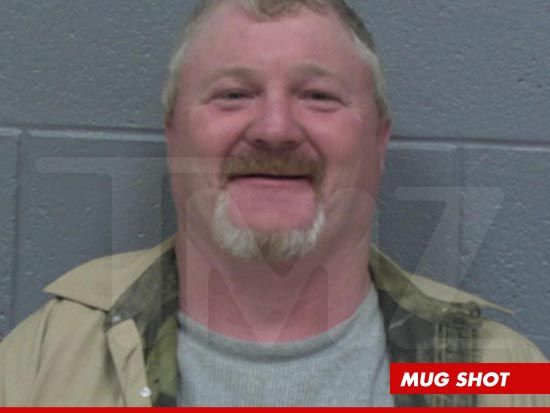 'Honey Boo Boo' Star ARRESTED -- 'Sir, Where's the Gorilla Suit' for reckless conduct, Nov. 2012