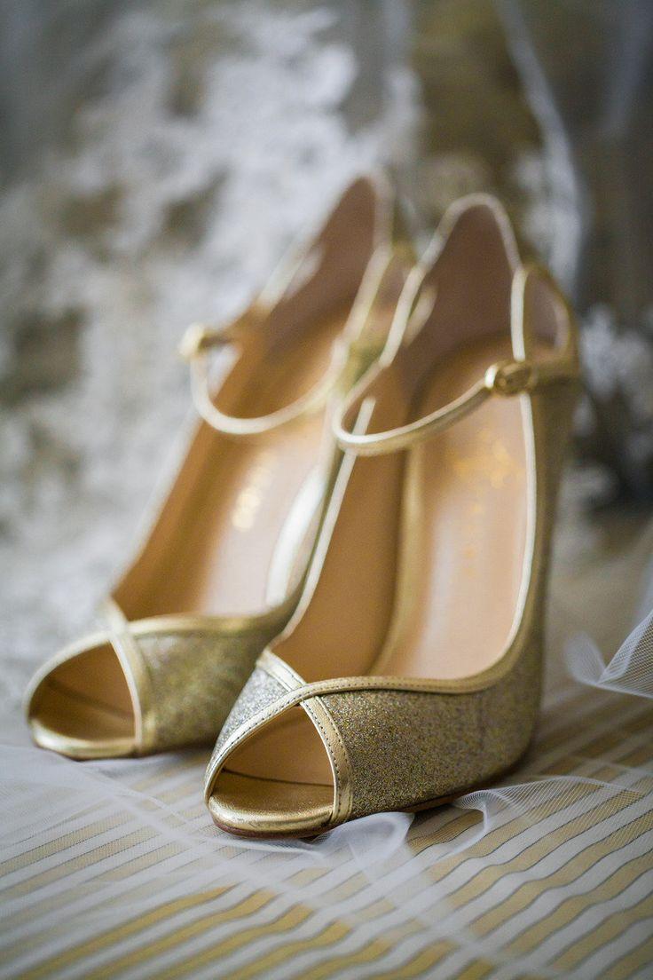 Best 25 Gold wedding shoes ideas on Pinterest Gold heels Gold