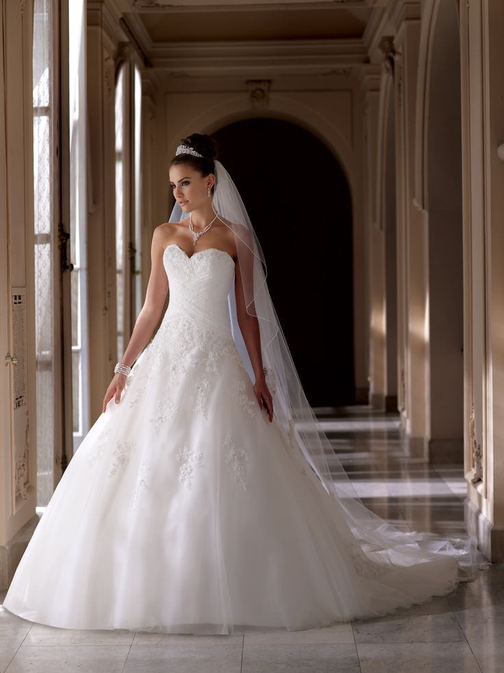 Style No. 113219  »  David Tutera for Mon Cheri  »  wedding dresses 2013 and bridal gowns 2014