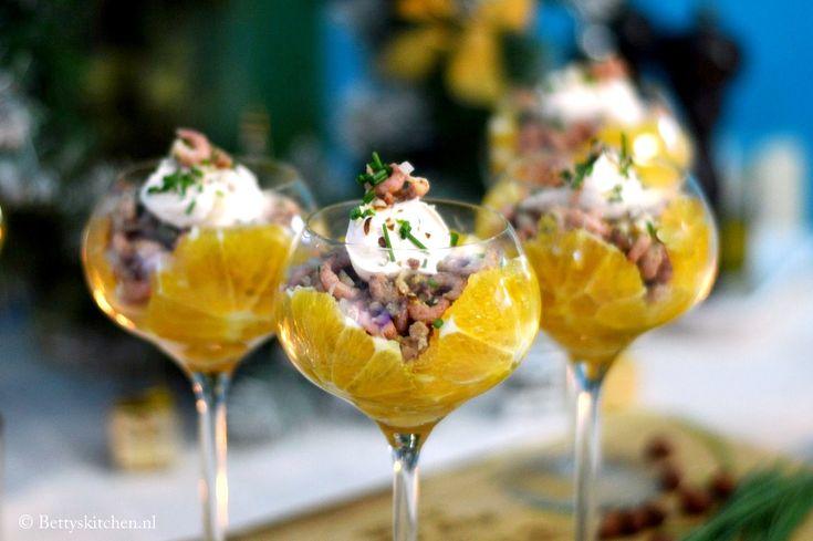 Het ultieme voorafje tijdens Kerst: Garnalen cocktails! Naar recept van Hans van Wolde!