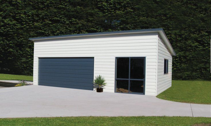 Double garage with monoslope roof