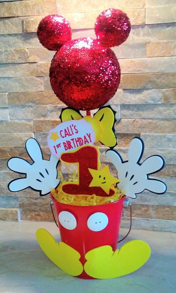 Mickey Mouse Beautiful Centerpiece, 100% handmade with care and love, perfect for childrens parties and baby showers. Mickey Mouse theme inspired, everyone love it. Give A Special TOUCH to your parties. ♡ $20.00 each one. * 14 h x 9 w * Handmade with care * Eva Foam, bamboo stick,