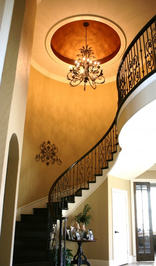 uhmm, hello. need.: Paintings Patterns, Spirals Stairca, Irons Staircases, Foyers Design, Stairca Design, Interiors Design, Irons Railings, Stairs Design, Wrought Irons