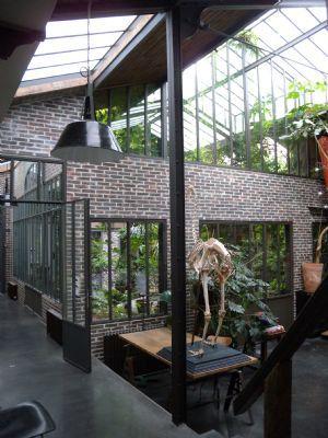 Ateliers, Lofts & Associés - Première agence immobilière exclusivement spécialisée dans la vente d'ateliers d'artistes, lofts et maisons de ville : Loft
