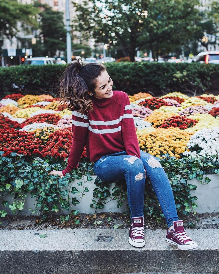 Football game day outfits | Casual Fall Outfits | Boston College Outfits | Casual City outfits | Maroon Converse | Loose Curls in Ponytail | Caila Quinn