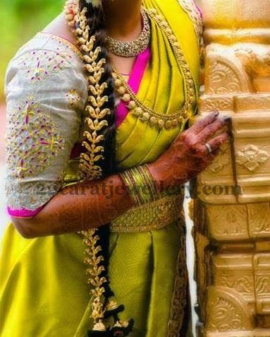 Jewellery Designs: Kundan Jada and Manga Haram