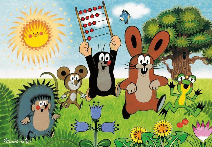 (2014-07) Muldvarpen løber med abacus over hovedet sammen med pindsvinet, musen, haren og frøen