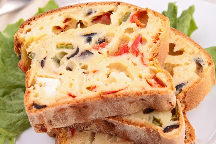 l plumcake 7 vasetti salato è la versione in chiave salata, sfiziosa ed invitante, della classica torta dolce 7 vasetti. Si tratta di una preparazione semplicissima: dimenticatevi della bilancia, p…